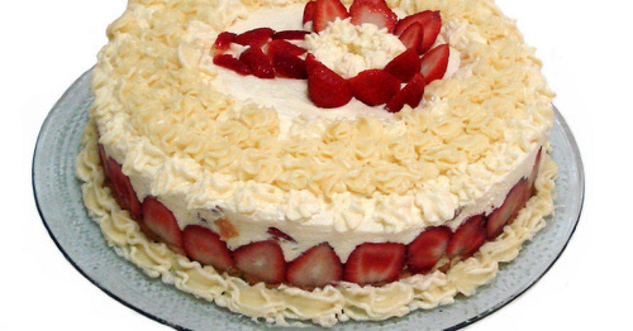 strawberry-cake-1327885-1278x943.jpg